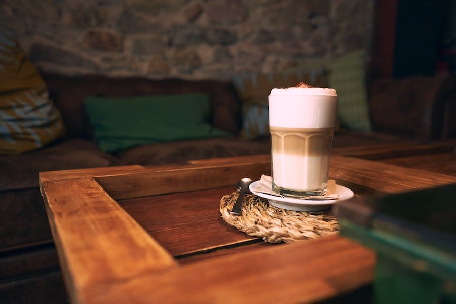 cappuccino form molinet cafe antic in poble sec